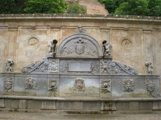 カルロス5世の噴水.jpg