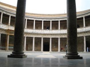 カルロス5世宮殿1.jpg