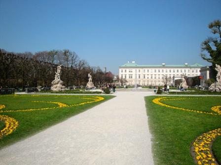 ミラベル宮殿.JPG