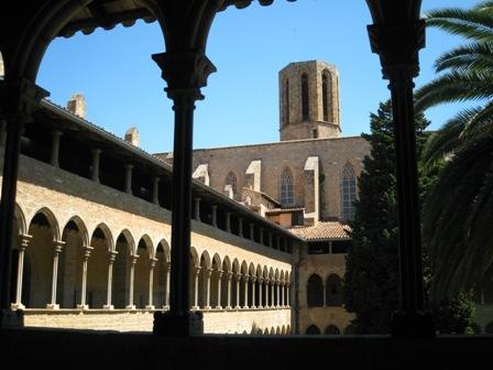 修道院内部から1.jpg