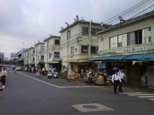築地場内3.JPG