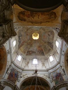 聖ミクラーシュ教会3.JPG