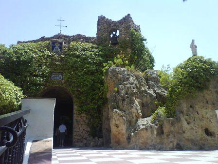 聖母礼拝堂1.JPG